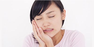 虫歯の痛みイメージ